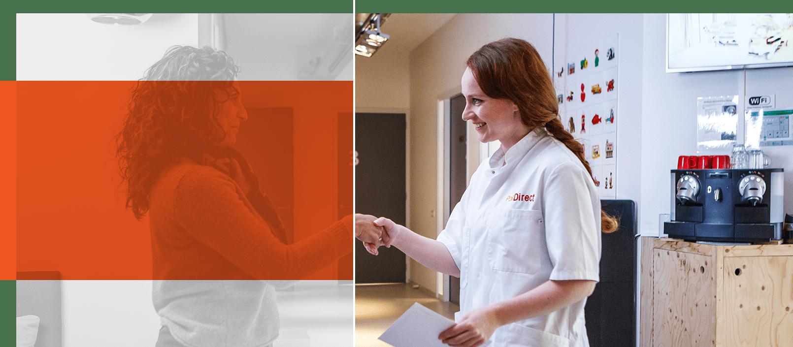Foto verpleegkundige verwelkomt patiënt